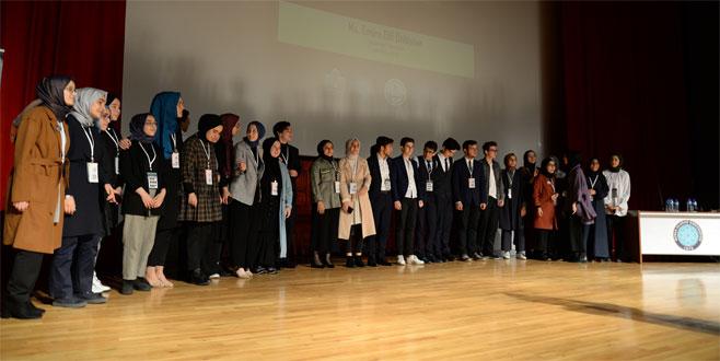 Liseli gençlerden BUÜ'de mini BM Genel Kurulu