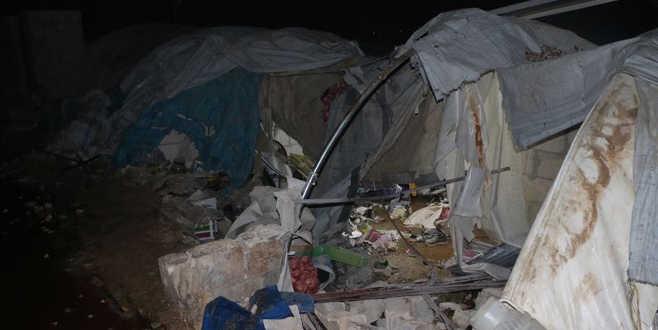 İran destekli gruplar İdlib'de kampa saldırdı: 12 ölü