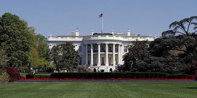 Beyaz Saray'da şüpheli araç alarmı