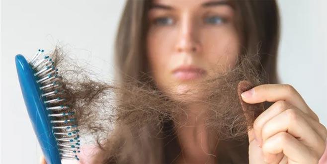 Saç dökülmesi psikolojiyi nasıl etkiliyor?