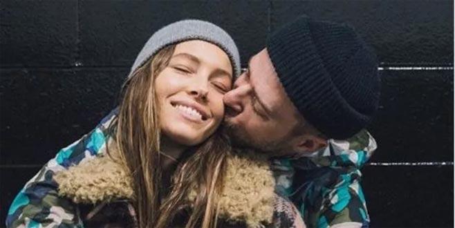 Justin Timberlake aldattığı eşi Jessica Biel'den özür diledi