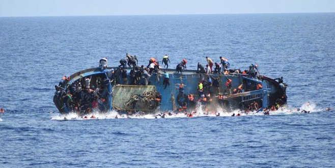 Göçmenleri taşıyantekne battı: 57 ölü