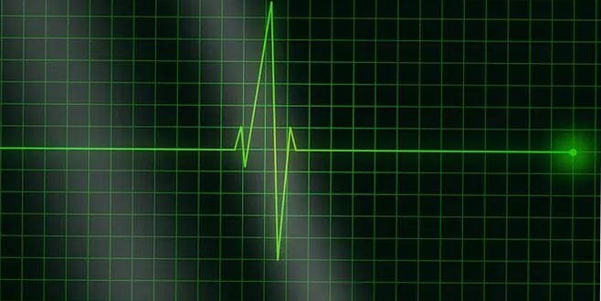 Kalbi 6,5 saat duran kadın hayata döndürüldü