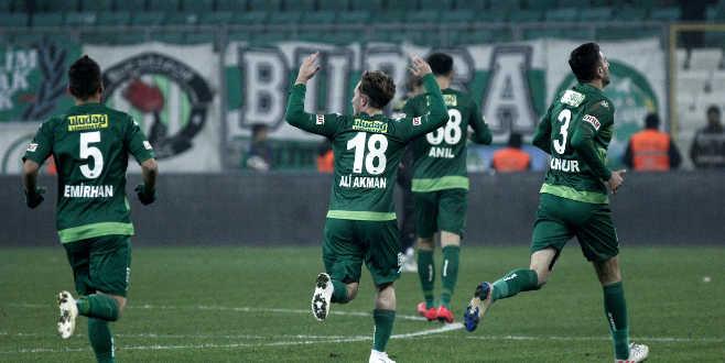 Bursaspor bu sezon evinde ilk kez kaybetti