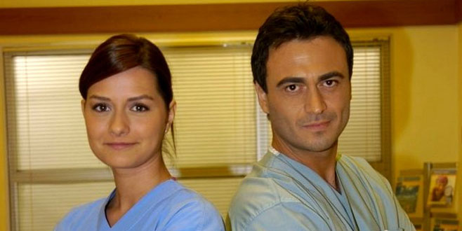 10 yıl sonra ekranlara Doktor Ela olarak tekrar dönüş yapan ünlü oyuncudan ilk açıklama!