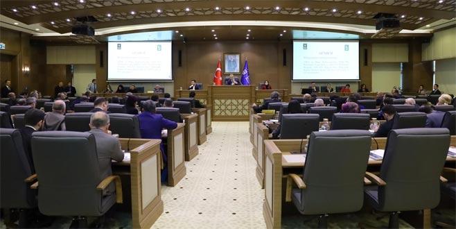 Büyükşehir'de bütçe 2 milyar 800 milyon TL