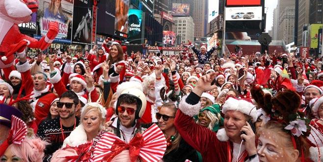 New York'u Noel babalar bastı