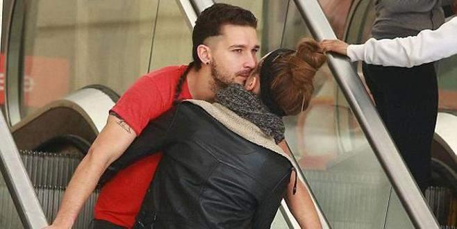 Merdivende aşk