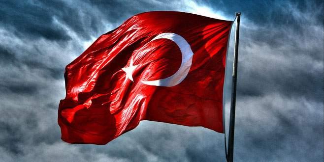 TSK: Türk Bayrağı indirilerek alınmıştır