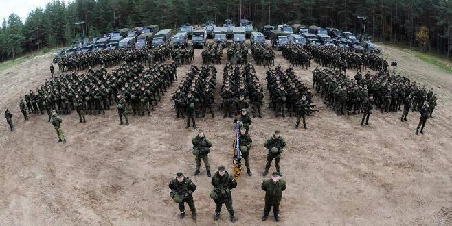 Rusya'dan korktu, askerliği zorunlu yaptı