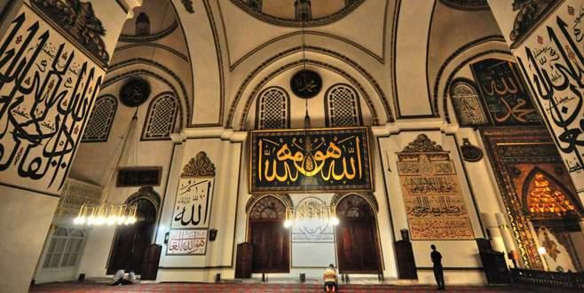 Bursa'da camiler gece yarısına kadar açık olacak
