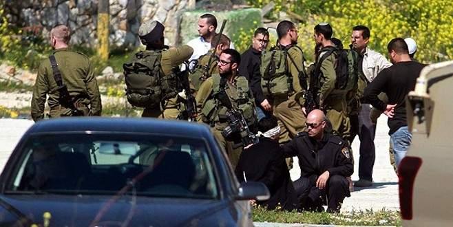 3 Filistin polisini gözaltına aldı