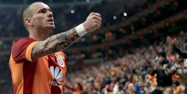 Sneijder artık bedava!