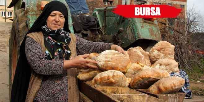 Bu köyün kadınları ekmekten para kazanıyor