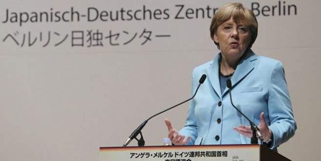 Merkel: Tarihimizle yüzleştik