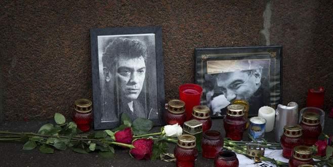 Nemstov suikastinde 5 Çeçen tutuklandı
