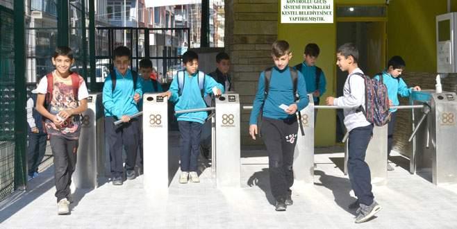 Kestel'de okullara turnike sistemi