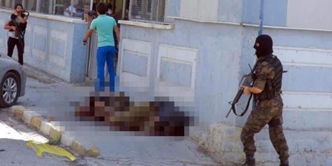 Teröristin cenazesini HDP'li vekil aldı