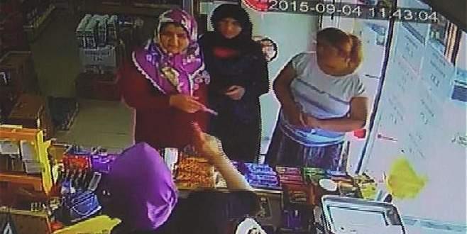 'Tırnakçı' kadın, güvenlik kamerasına böyle yakalandı