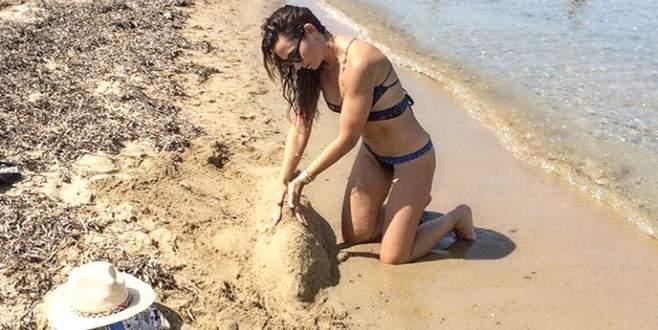 Kumdan yunus yaptı