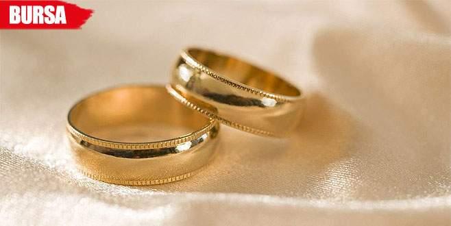 Evlenme vaadiyle dolandırıldı