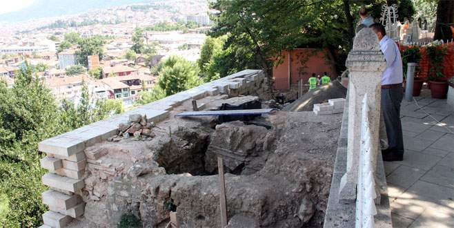 Bursa'nın incisi surlar ayağa kalkıyor