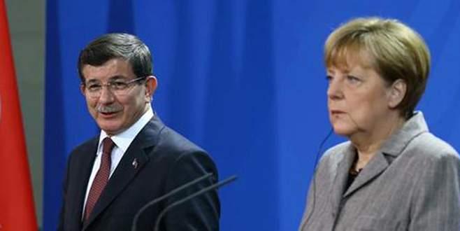 Almanya Başbakanı Merkel'den PKK açıklaması