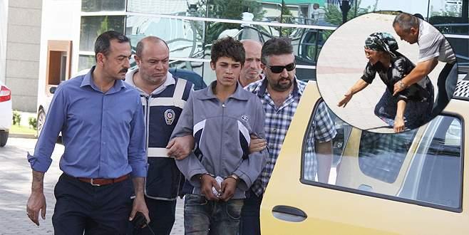 Tutuklanan gencin gözyaşları
