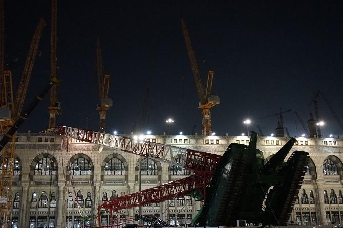 Mekke'deki Feci Kazada Ölü Sayısı 87 Oldu