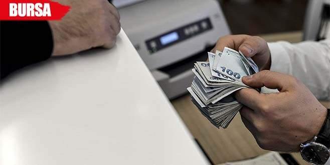 Sahte 'başkomser' için bankadan 20 bin lira çekti, eliyle teslim etti