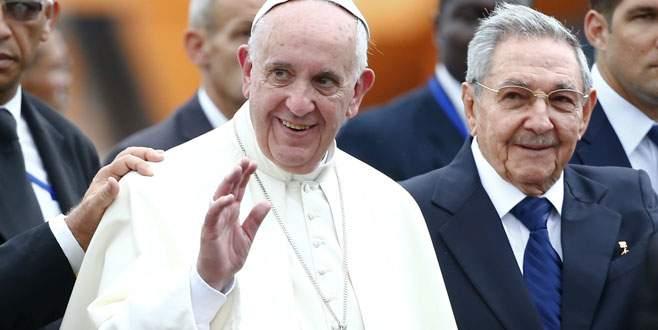 Papa Küba'da