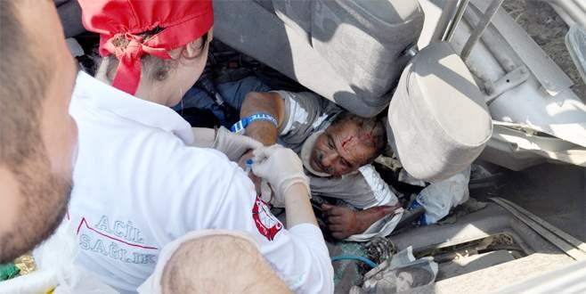 Bursa'da korkunç kaza! Beton mikseri devrildi...