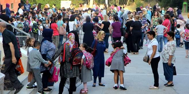 Bursa'da 14 bin Suriyeli öğrenci ders başı yaptı