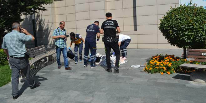 Bursa'da AVM'de korkunç kaza!
