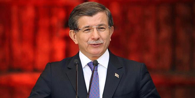 Ahmet Davutoğlu basın toplantısı düzenliyor
