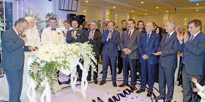 Başkan Aktaş'tan ilk nikah