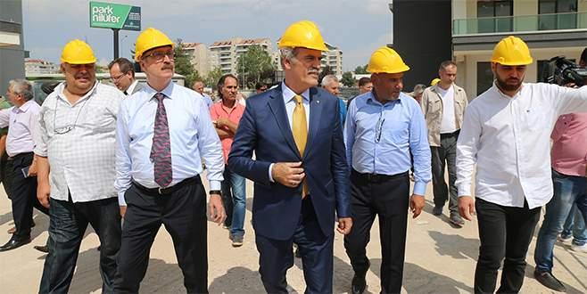 Büyükşehir riskli 4 bin binayı yıktı