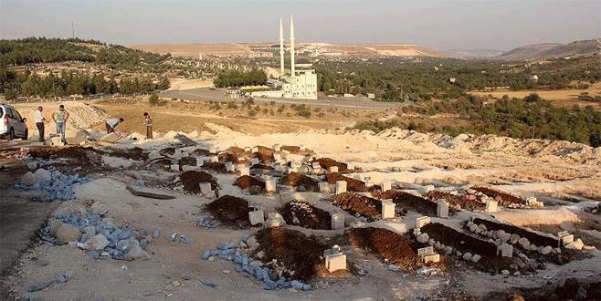 Gaziantep'teki saldırıda hayatını kaybedenlerin sayısı arttı