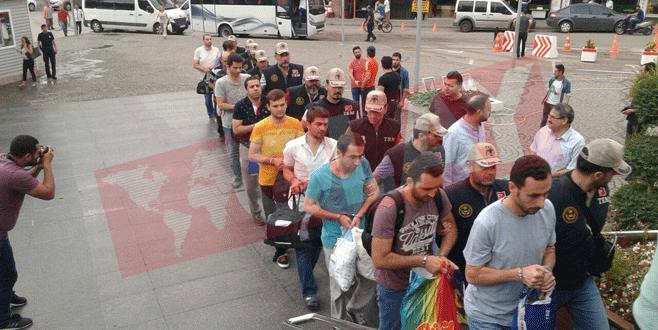 Bursa'da FETÖ soruşturmasında 18 kişi adliyeye sevk edildi