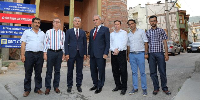 Bursa'da 6 asırlık cami ayağa kalkıyor