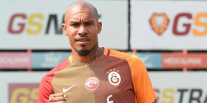 Hollandalı futbolcu resmen Galatasaray'da