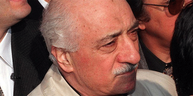 Gülen'den örgüt üyelerine medyayı izleme yasağı