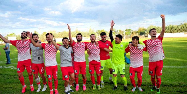 Gazi'den 3 gollü start 3-1