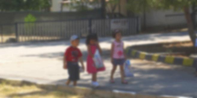 Bayramlaşmaya gelen çocuklarca evde ölü bulundu