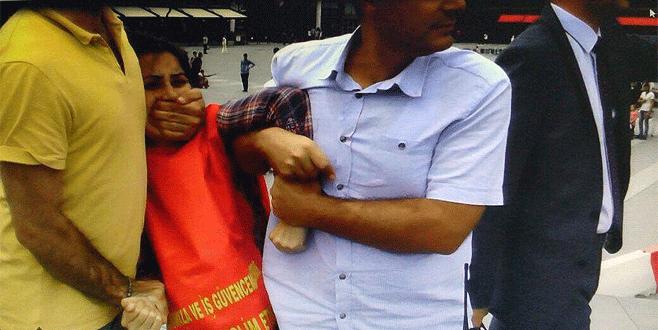 Bursa'da izinsiz gösteriye müdahale: 4 gözaltı
