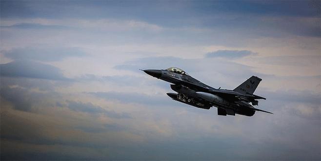 TSK'dan Çukurca ve Kuzey Irak'a hava harekatı
