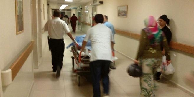 Bursa'da tartıştığı kardeşini sırtından bıçakladı