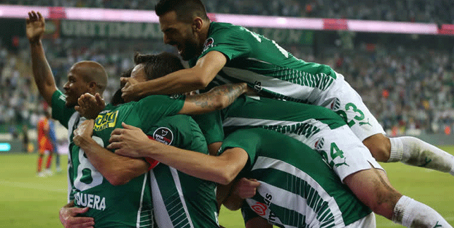 Bursaspor - Kayserispor maçından kareler