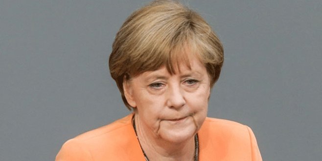 Merkel'e en ağır yenilgi!