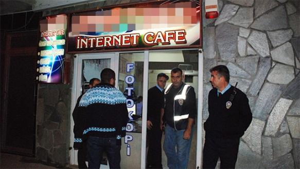 İnternet kafelere gece baskını